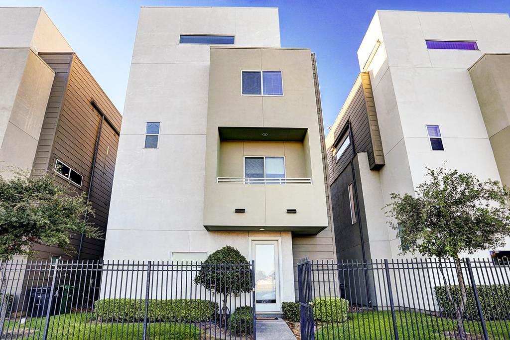 East End Revitalized Home For Sale: 1610 Bastrop St, Houston